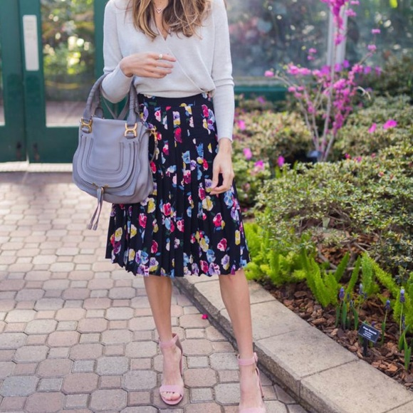 6e19bf60aa9c04 Ann Taylor Skirts | Price Firm Floral Pleated Skirt | Poshmark